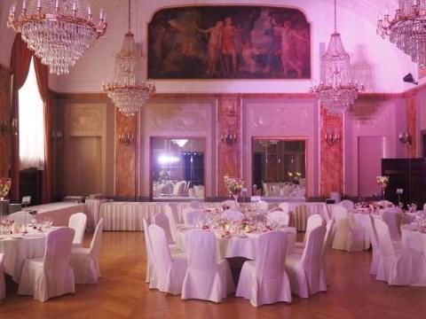 Heiraten In Nurnberg Party Dj Eric Feiert 10 Jahriges Jubilaum Mit